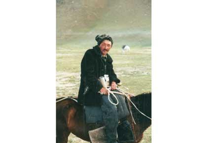 Kyrgyz herdsman, 1999 - © William Mackesy