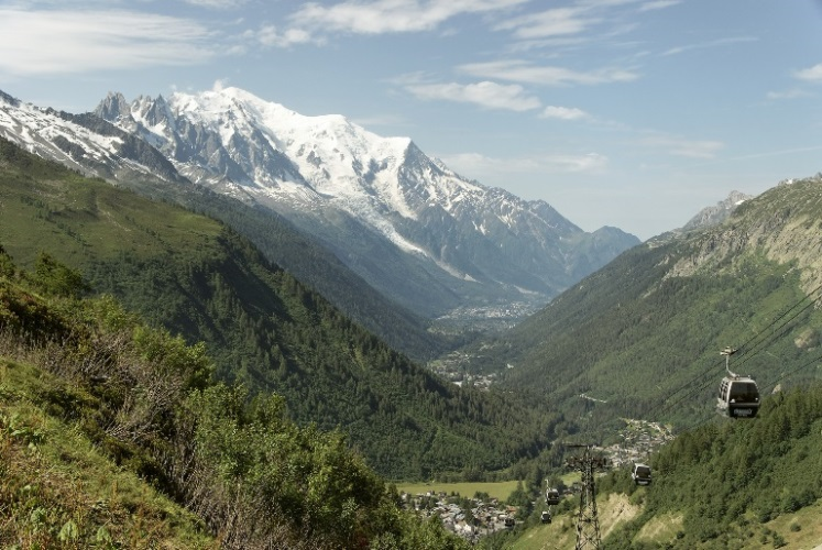 Chamonix Valley - ©  flickr user- William (Bill) Kirby
