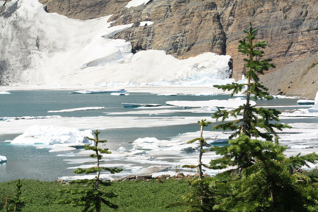 Iceberg Lake Trail - Iceberg Lake - ©Copyright Flickr User Andrew Kalat