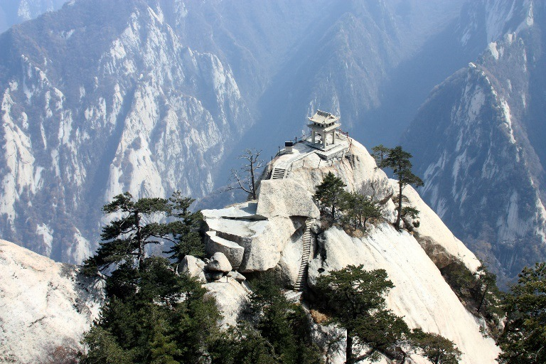 Chess Pavilion, Hua Shan  - © flickr user- strudelt