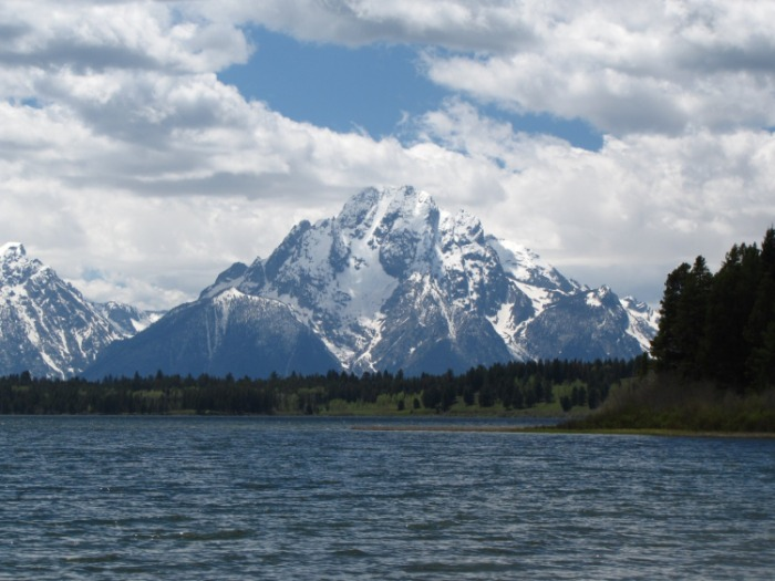 Two Ocean Lake Trail - Mt Moran and Emma Matilda Lake - © Copyright Flickr User Fool-On-The-Hill