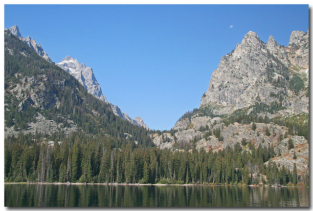 Grand Teton National Park - Tetons across Jenny Lake - © Copyright Flickr User dicktay2000