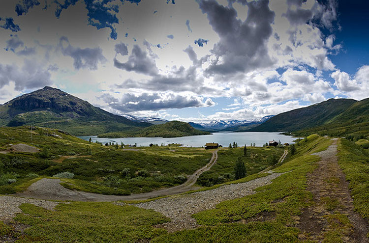 Jotunheimen Panorama - © From Flickr user Gumuz