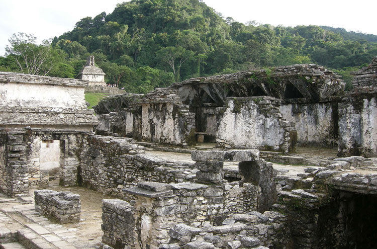Palenque - © By Flickr user einalem