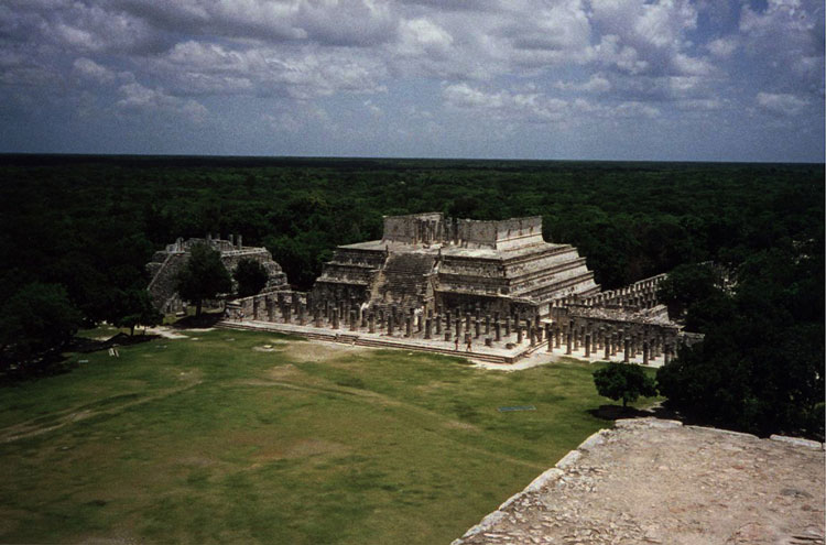 Mayan Ruins: Chichen Itza - © By Flickr user SunriseEnterpriseLLc