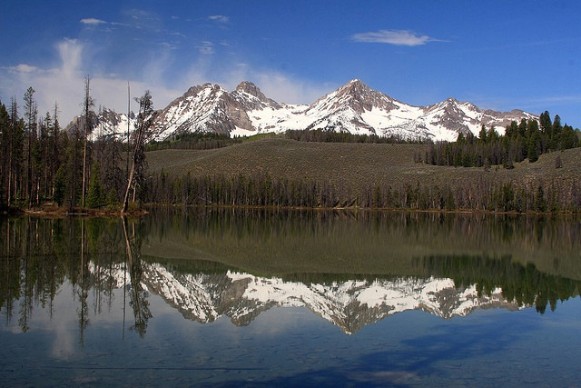 Sawtooth Mountains reflected in Redfish Lake - © Copyright Flickr user Alaskan Dude