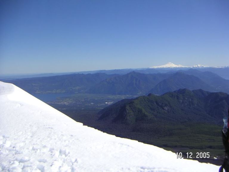 Volcan Lanin, Viewed from Volcan Villarrica  - © flickr user- Raul Munoz